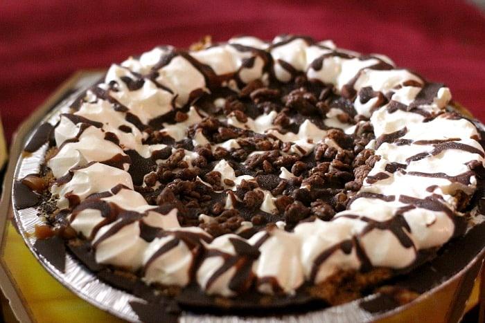 Edwards-Salted-Caramel-Pie-1