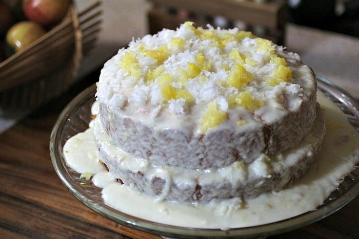 Fruti-Pina-Colada-Cake-1